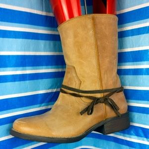 💯%Leather Tan Cowgirl short boot STEVE MADDEN 7us